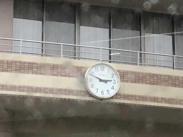 8 中学校時計